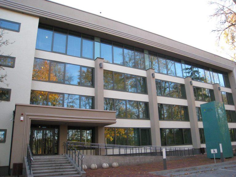 Druskininkų VIP Grand Spa Lietuva.Po statybų darbų išvalyti langai, grindų bei sienų plytelės, kiliminė danga, WC patalpos, gyvenamieji kambariai.